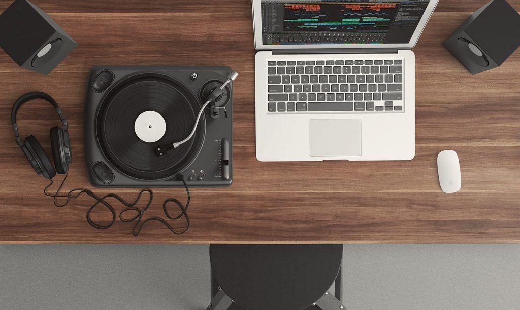 platine, ordinateur, espace de travail